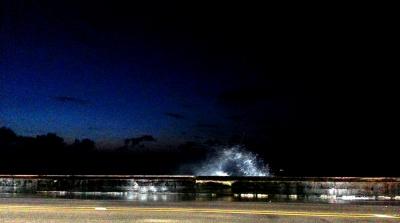 malecon noche lluvia1